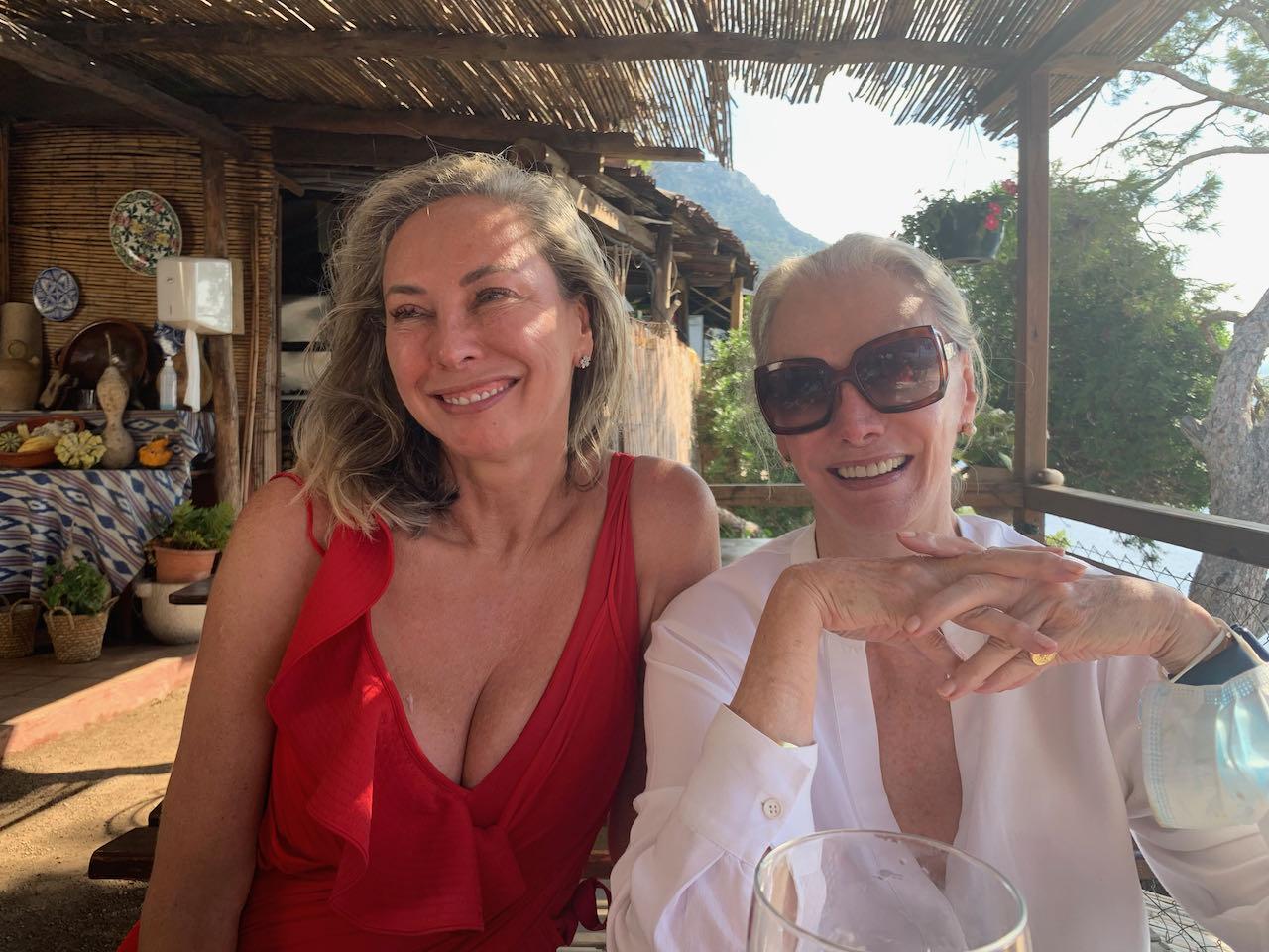 Amanda & Valerie